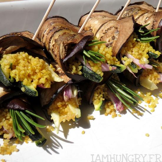 Roulés d'aubergines à la semoule et au petits légumes