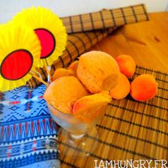 Glace abricoat