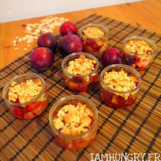 Crumble léger aux prunes et aux amandes
