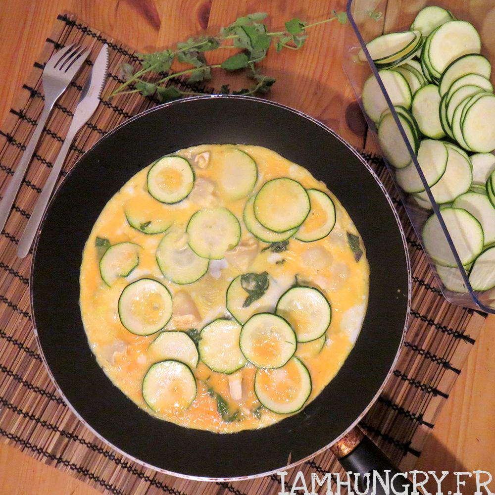 Omelette aux courgettes chèvre et menthe
