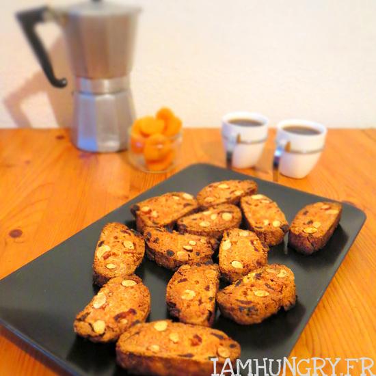 Croquants aux abricots secs et aux amandes