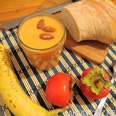 Smoothie amande banane kaki