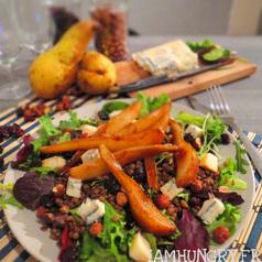 Salade lentilles poires roquefort noisette