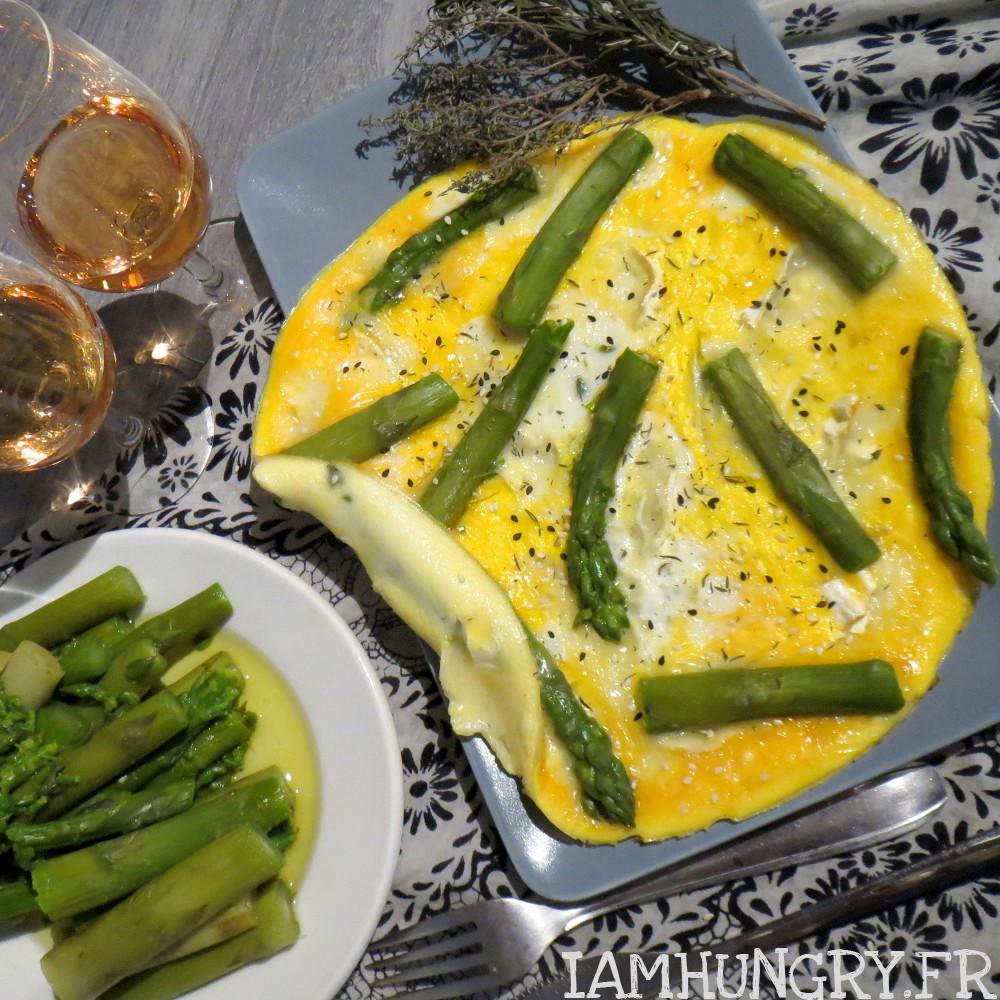 Omelette aux asperges et au chèvre