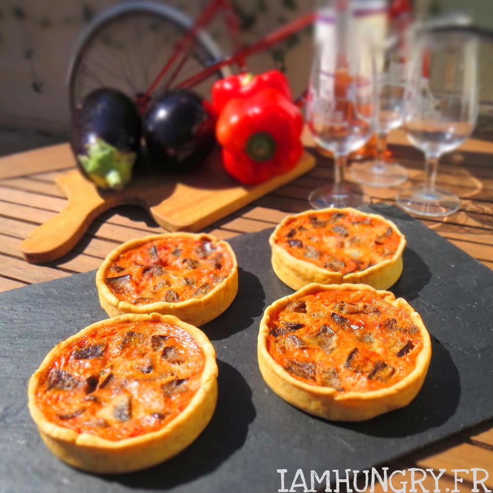 Petites quiches aux poivrons et dés d'aubergines