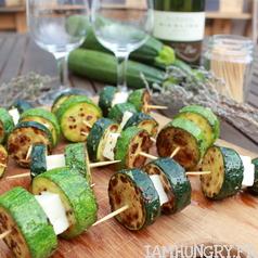Brochettes courgettes feta 1q