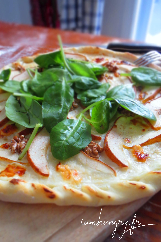 Pizza poire roquefort et miel