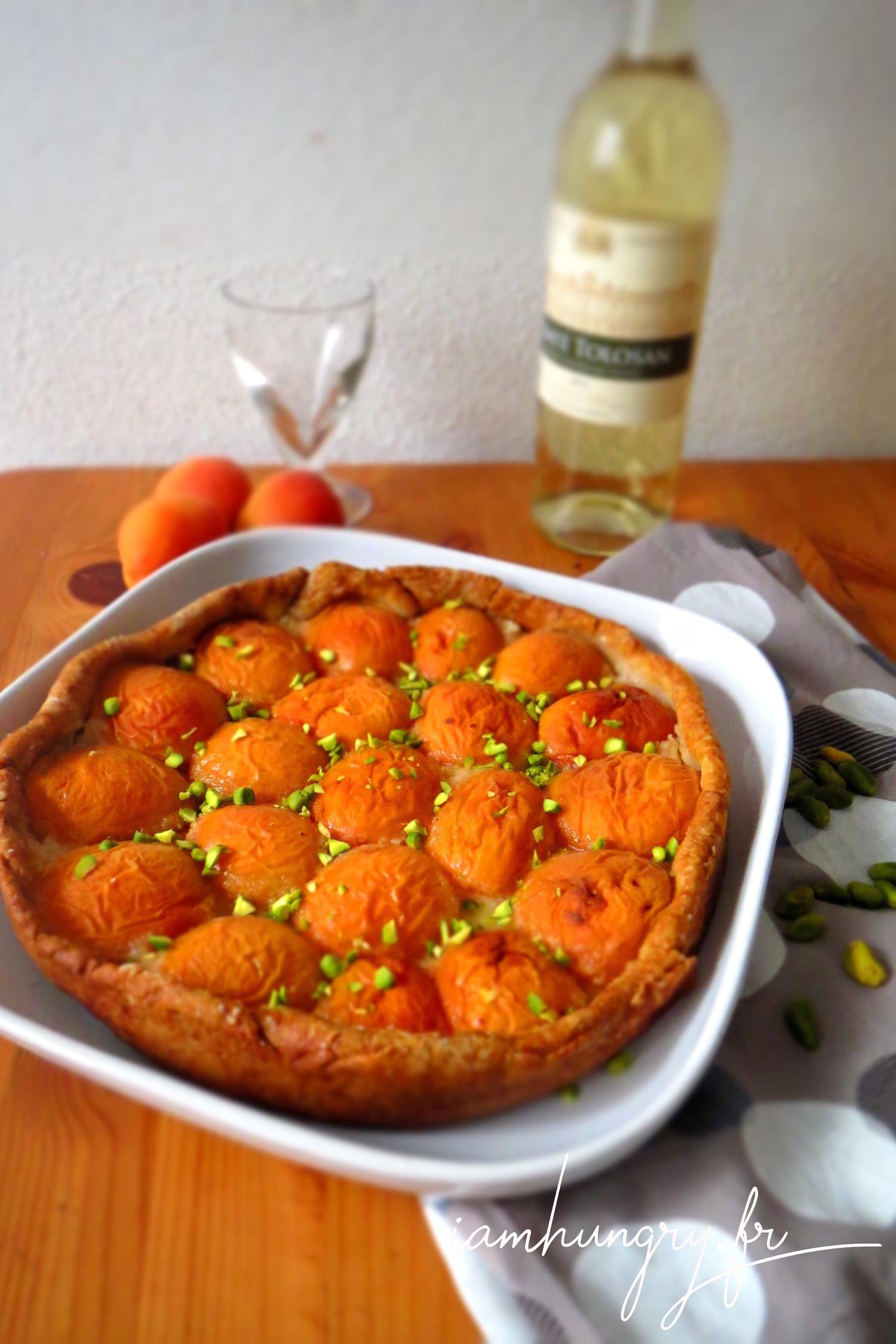 Tarte aux abricots et aux éclats de pistaches