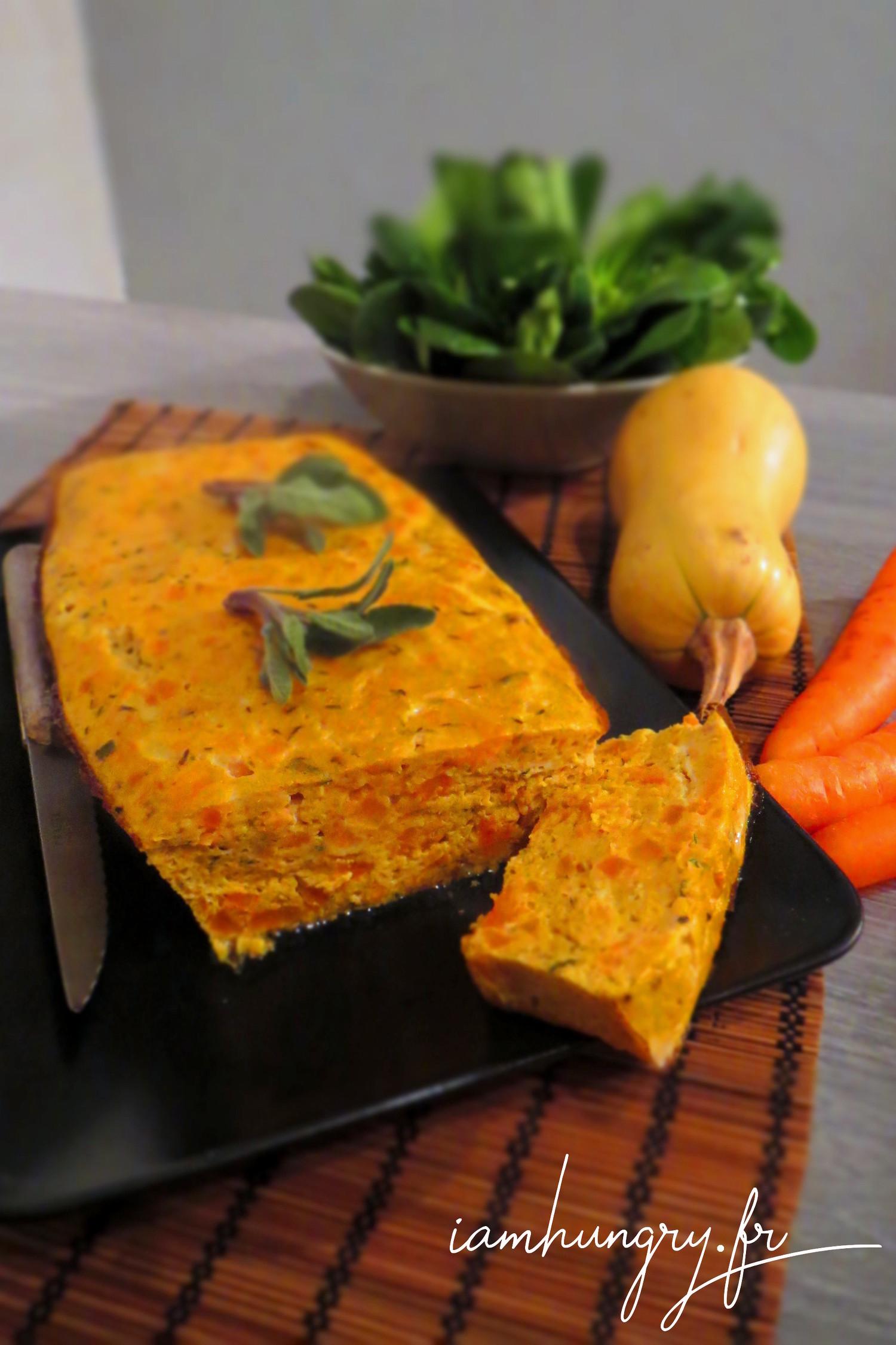 Cake de courge et de carotte à la sauge