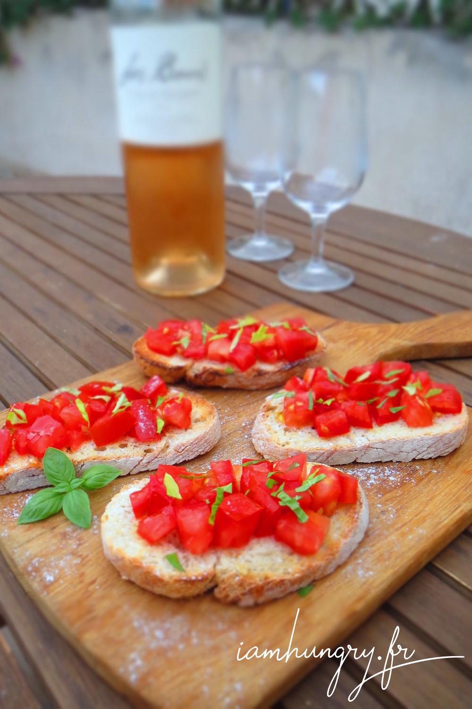Bruschetta tomate ail