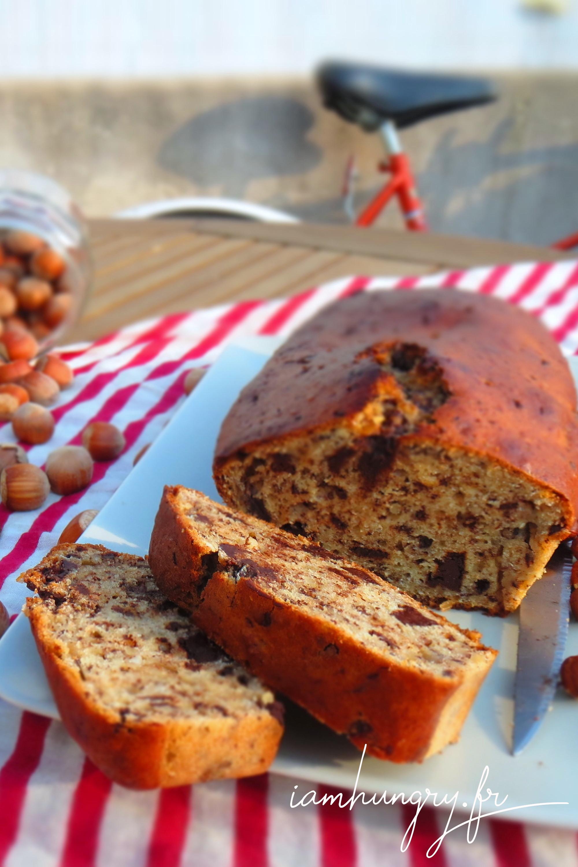 Gâteau au yaourt aux noisettes et pépites de chocolat