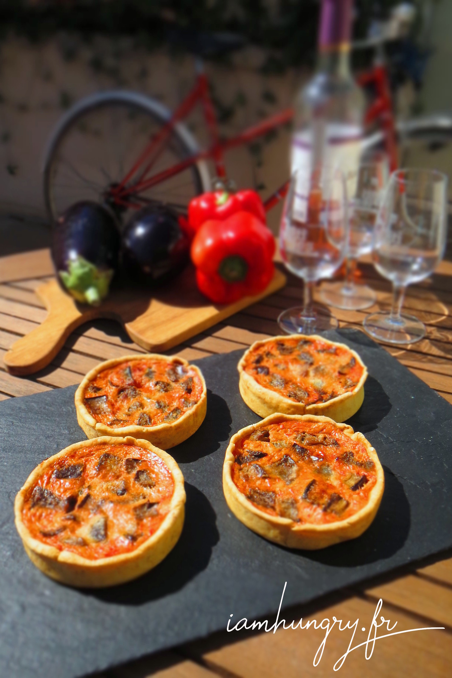 Little redpepper quiches with eggplants