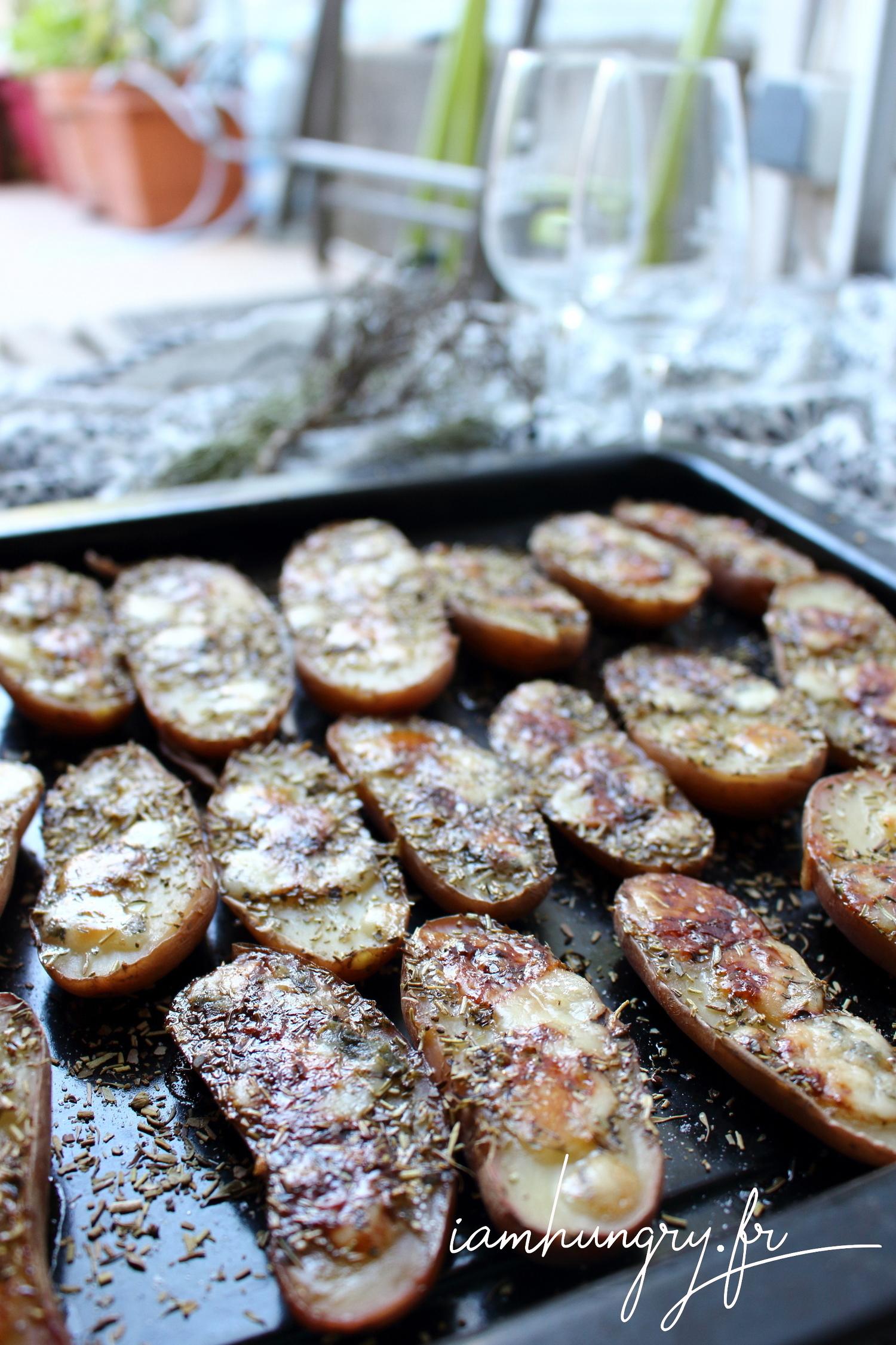 Pommes de terre grillées au four au roquefort