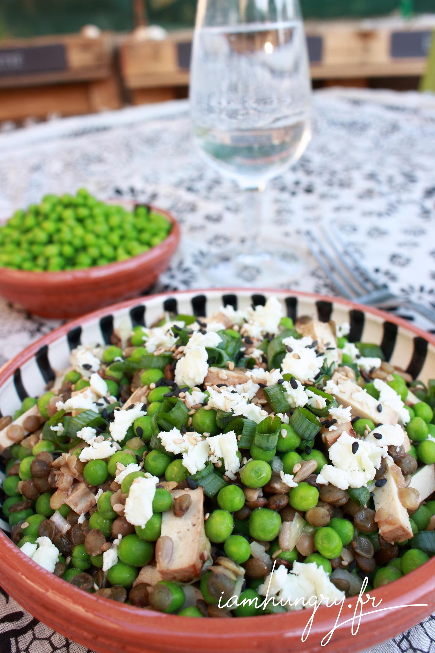 Salade de petits pois lentilles et tofu fumé