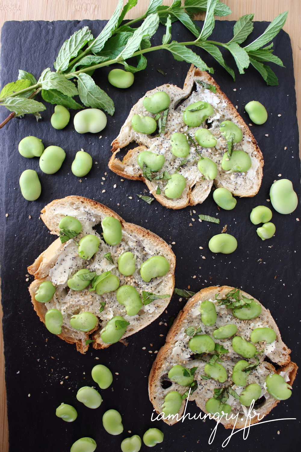 Tartines feves beurre menthe 1f