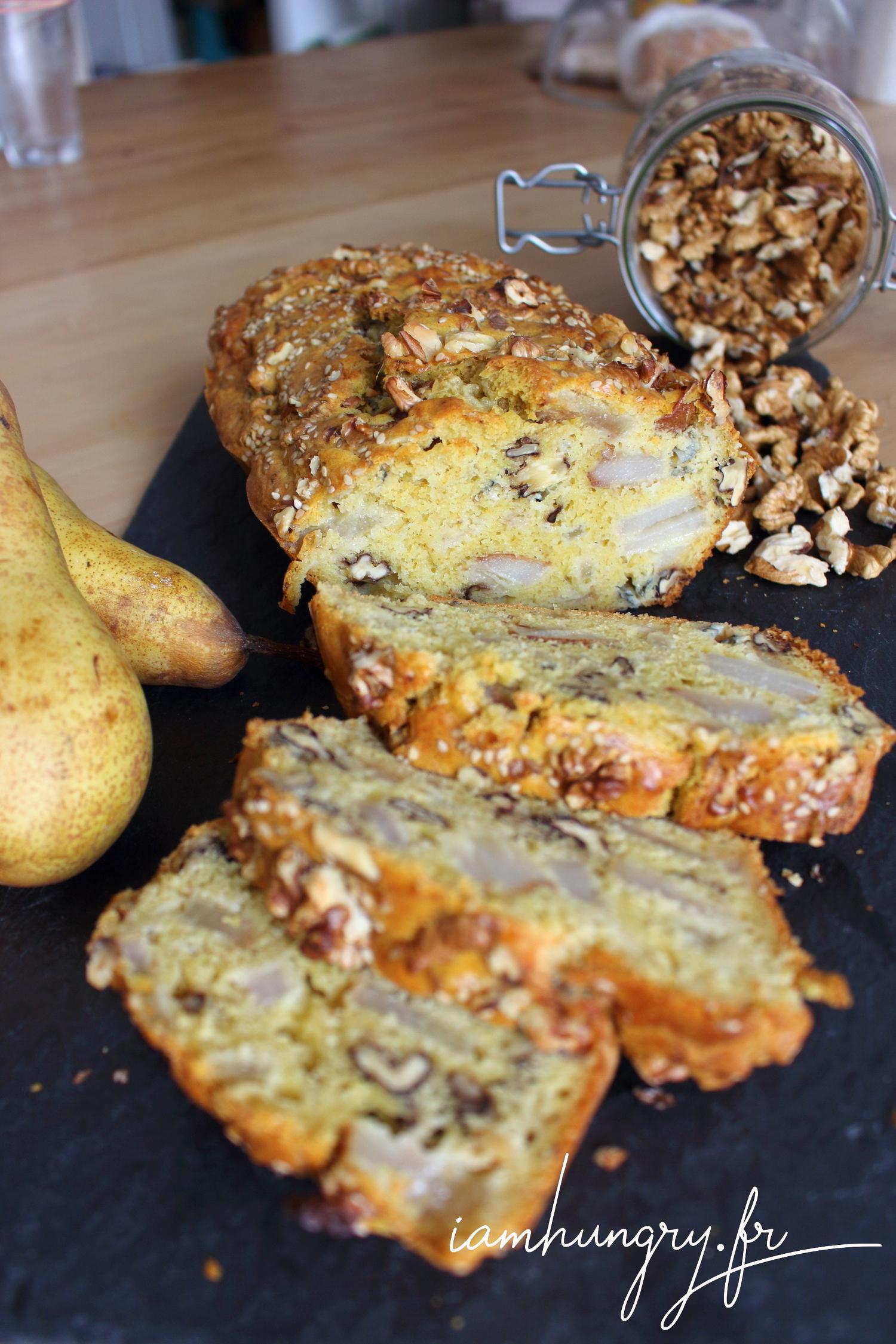 Cake poire noix et roquefort