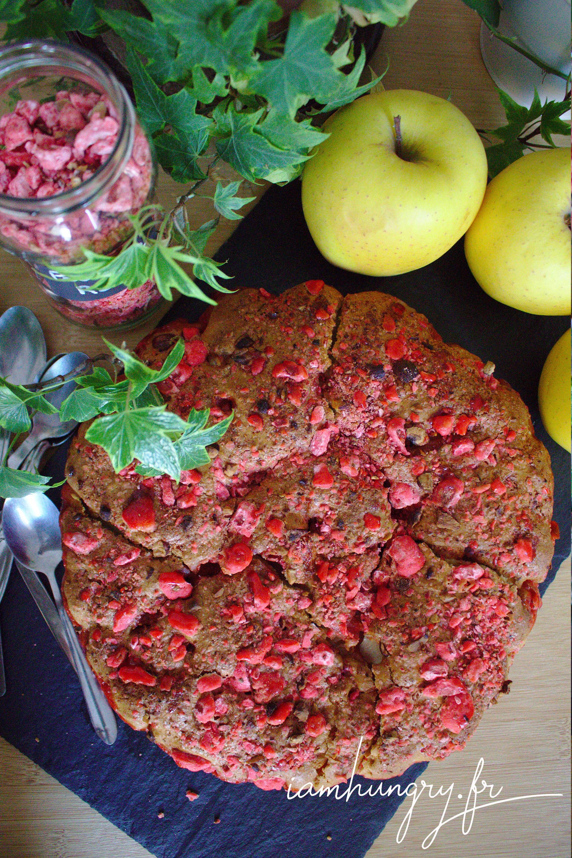 Gâteau aux pommes et pralines roses