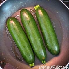 Tomates mozza sur courgettes grille%cc%81es 4