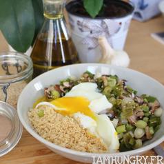 Poelee oignons vert champi oeuf poche%cc%81 carre