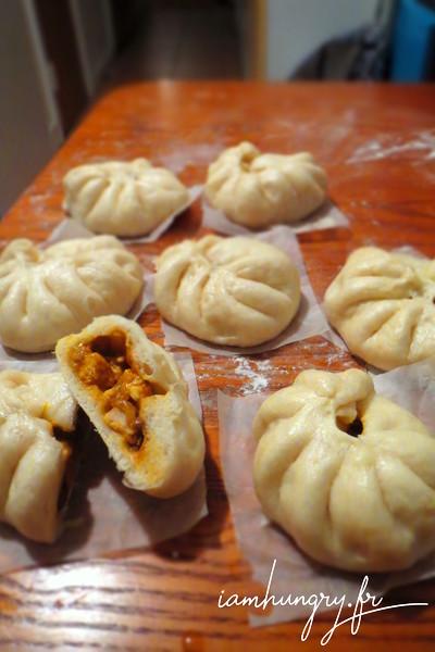 Banh Bao au poulet épicé