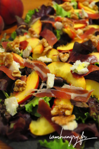 Salade peche roquefort noix rect