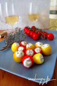 Tomates cerises farcies che%cc%80vre