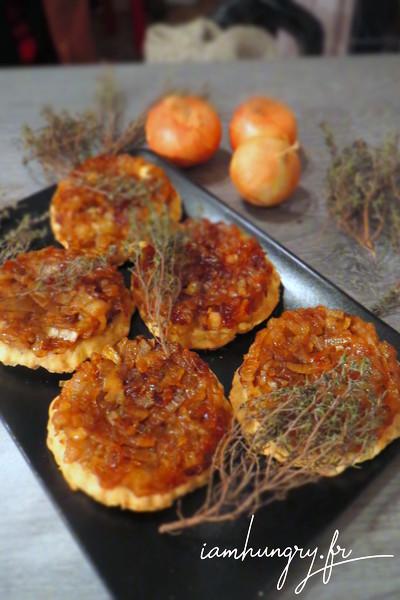 Caramelized onions tatin tartlets