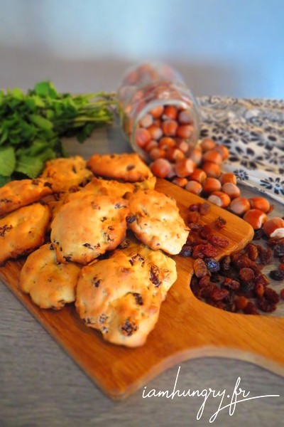 Cookies à la compote et pépites de raisins et noisettes