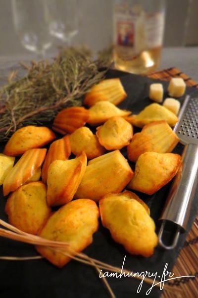 Madeleines au romarin et parmesan