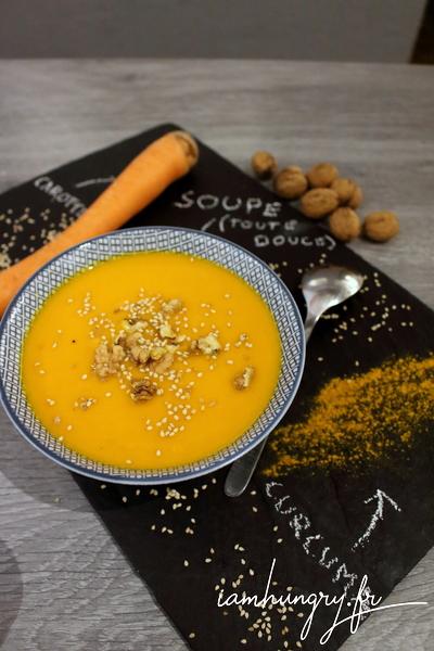 Soupe carottes et curcuma