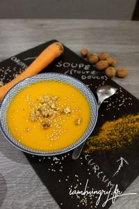 Soupe carotte coco curcuma 1c