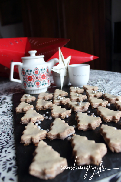 Christmas cinnamon biscuits