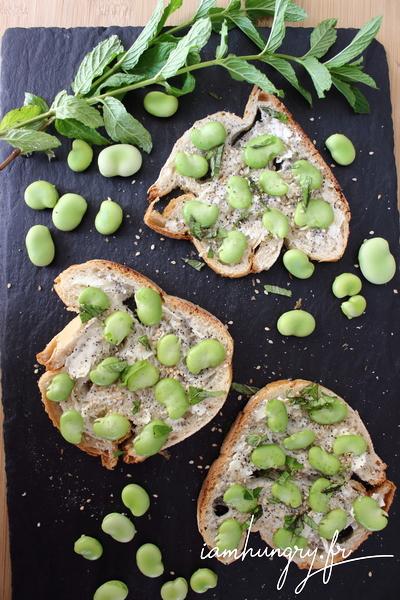 Tartines de fèves