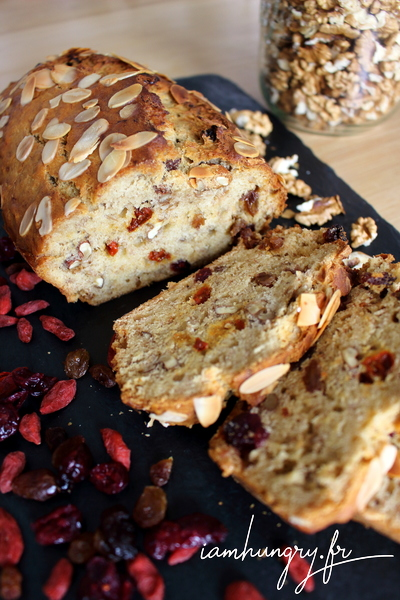 Banana bread vegan aux fruits secs