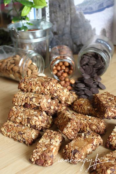 Barres de céréales aux noisettes et chocolat