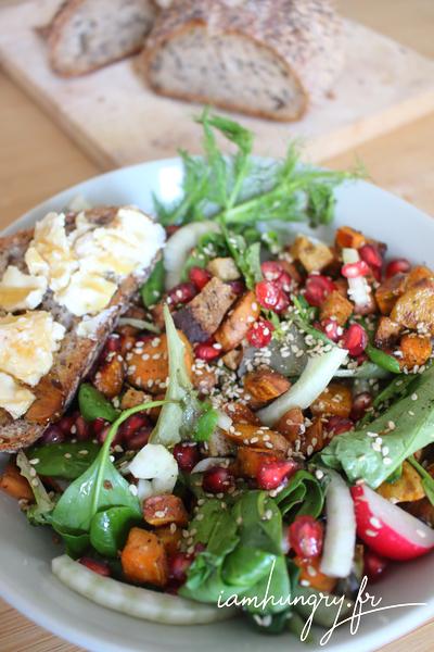 Salade de patates douces et tartines au chèvre et miel