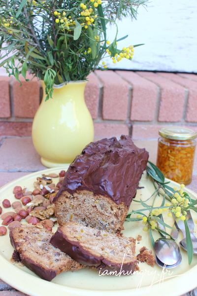 Gâteau aux écorces d'orange et aux noix