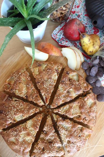 Gâteau aux pommes poires noix et chocolat