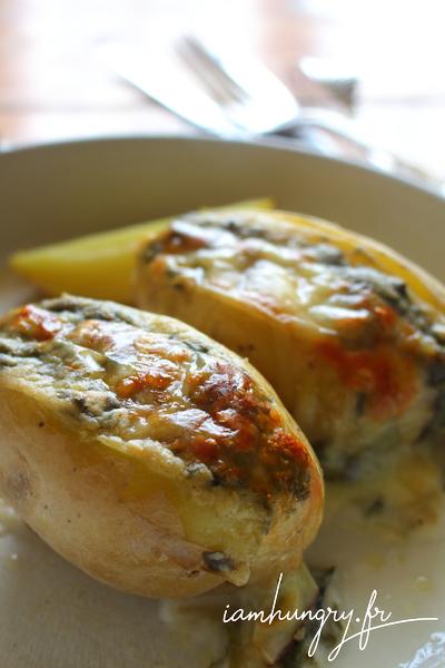 Pommes de terre farcies à la béchamel à l'oseille sauvage
